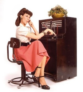 lily-tomlin-telephone-operator